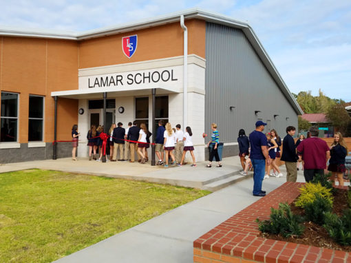 LAMAR SCHOOL: WELLNESS CENTER & GYMNASIUM